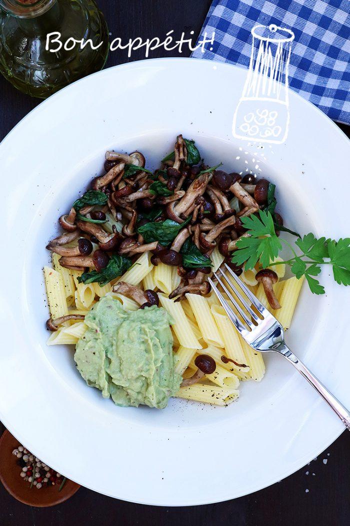Mushroom Pasta + Avocado pasta sauce